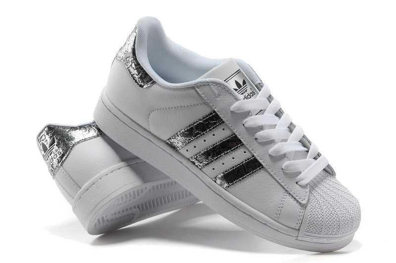 chaussure adidas super star femme