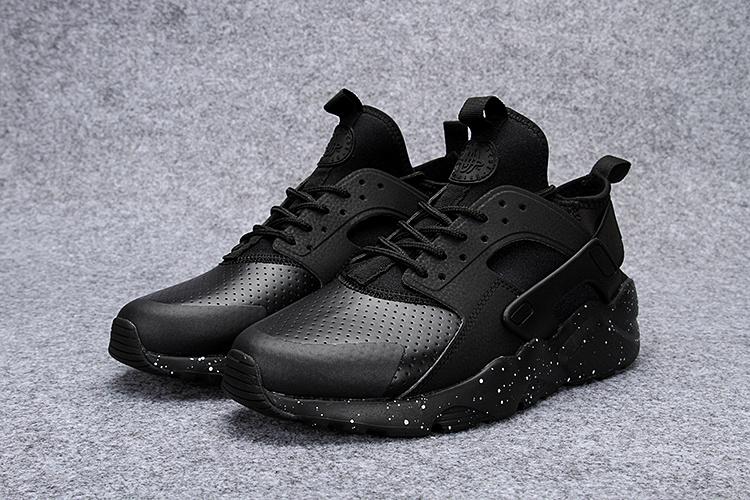 Modèles Nike Chaussures Pas Nombreux Homme Cher Air Huarache wkXOP8n0