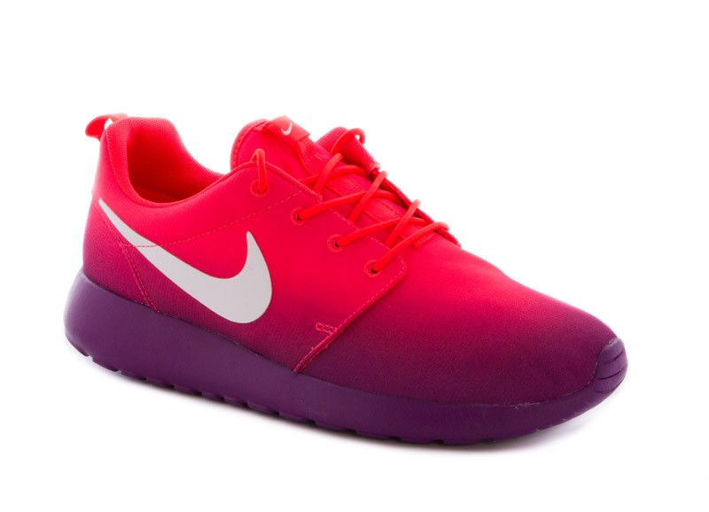 chaussure nike roshe run pas cher femme