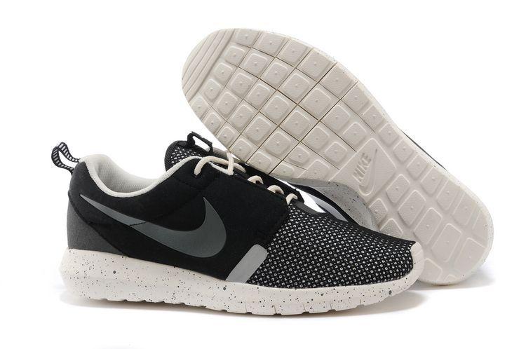 Modèlesles Nike Cher Nombreux Pas Roshe Homme Chaussures Run q6UxPdPfwA