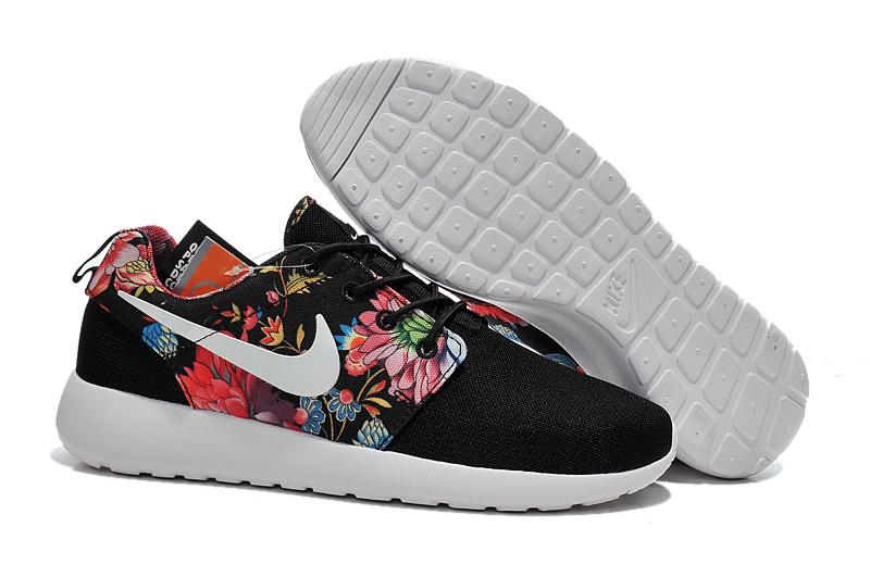 Nike Cher Pas Modèlesles Roshe Run Chaussures Homme Nombreux aqwS5fS